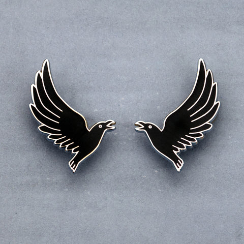 Flying Crow Collar Pin Set