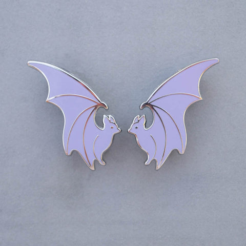 Flying Bat Collar Pin Set (Lavender)