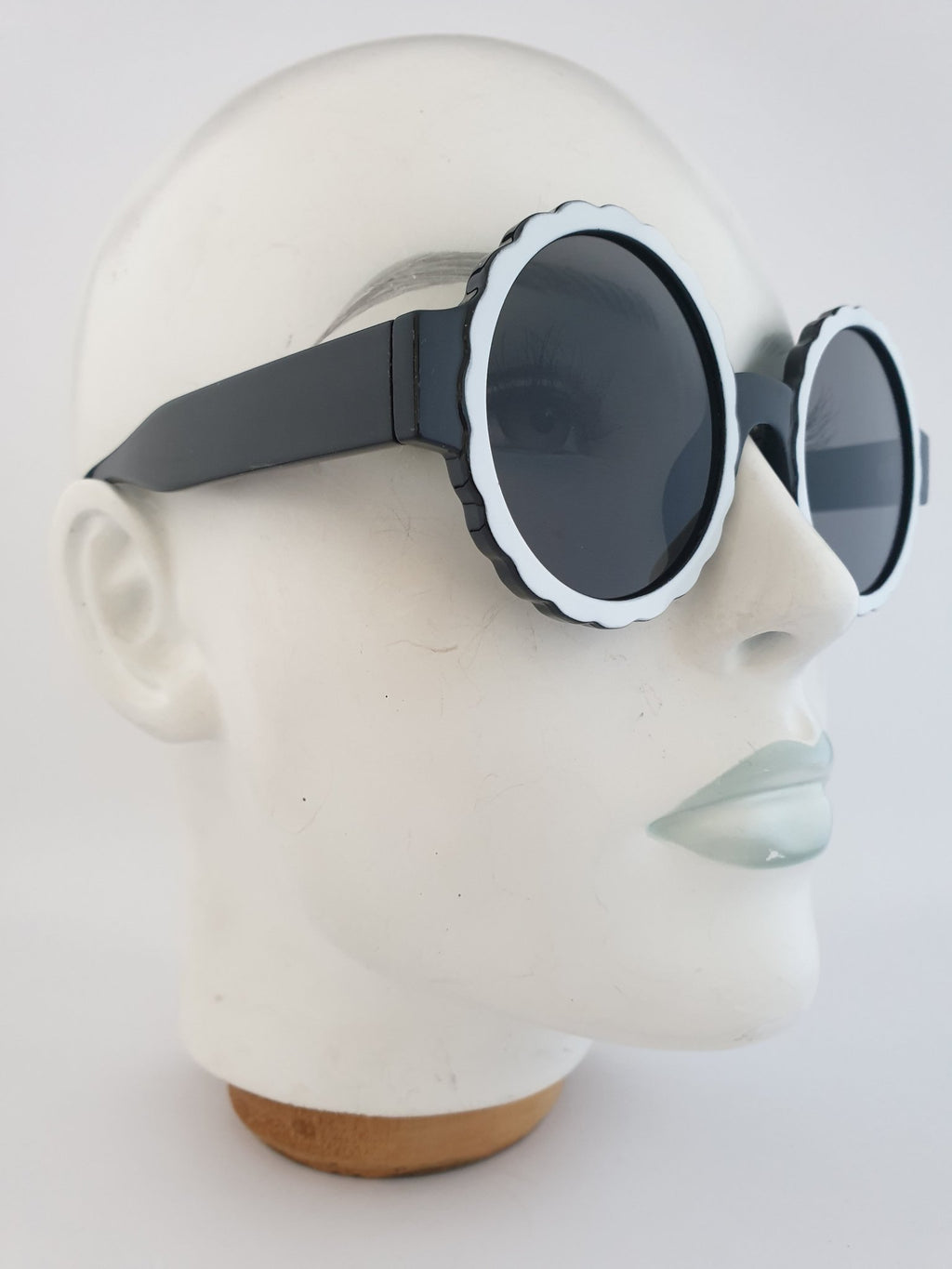 Sunglasses - M'Quant