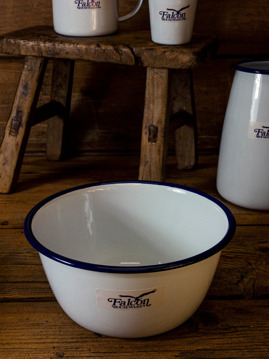 Falcon Enamel Pudding Basin 16cm White/BLue