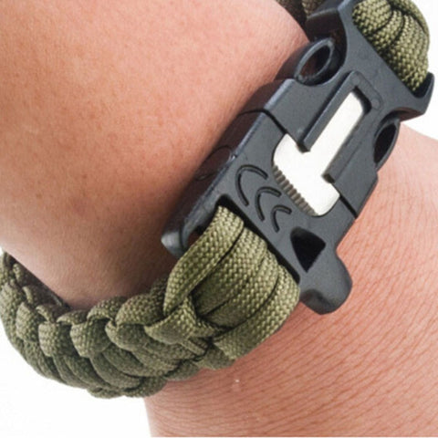 4 in 1 Survival Flint Fire starter, Paracord, Whistle Gear, Rescue Rope Bracelet