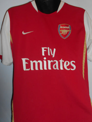Arsenal 2007-2008 home football shirt Medium Mens. FABREGAS 4 MA358-Classic Clothing Crib