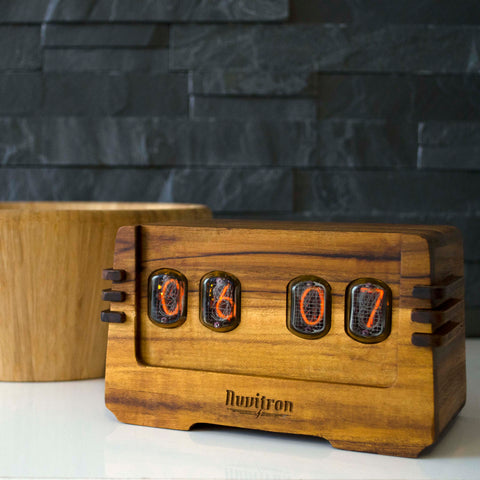 Vintage Nixie Tube Clock - Ohm