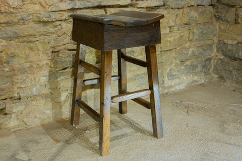 Saddle wooden bar stools