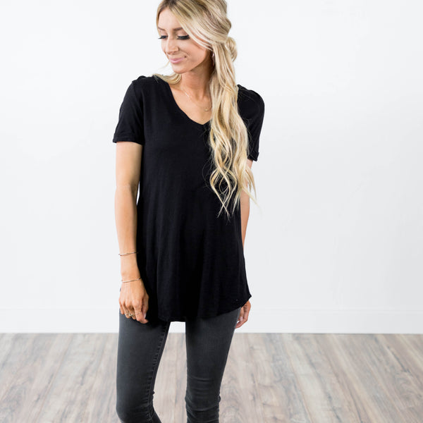 Knit V-Neck Tee in Black