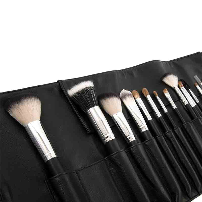 16PC Pro Essentials Brush Set 706