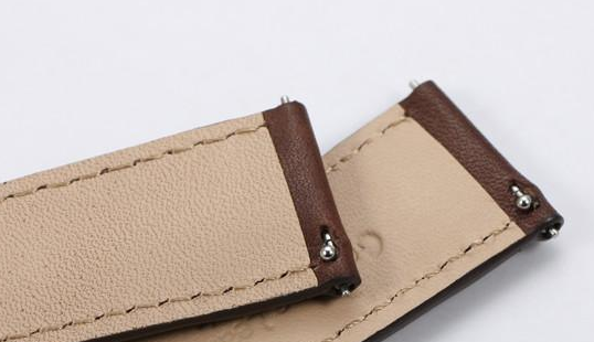 Quick release watch strap holes for spring bars for easy band replacement - finwatchstraps