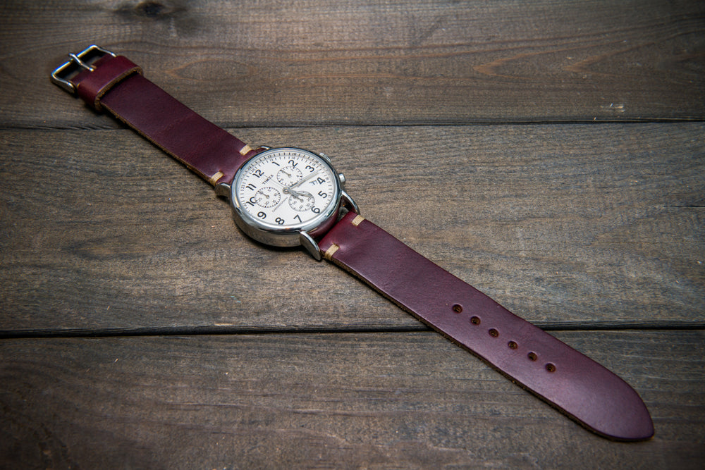Burgundy Horween Chromexcel leather watch band, handmade in Finland.