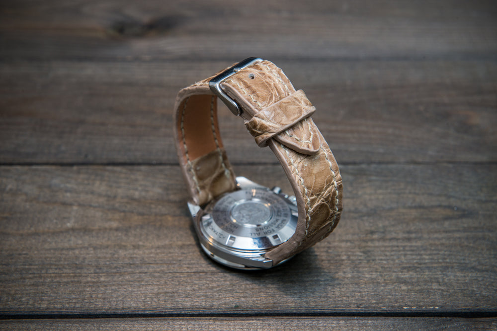 Alligator watch strap (beige), handmade in Finland - finwatchstraps