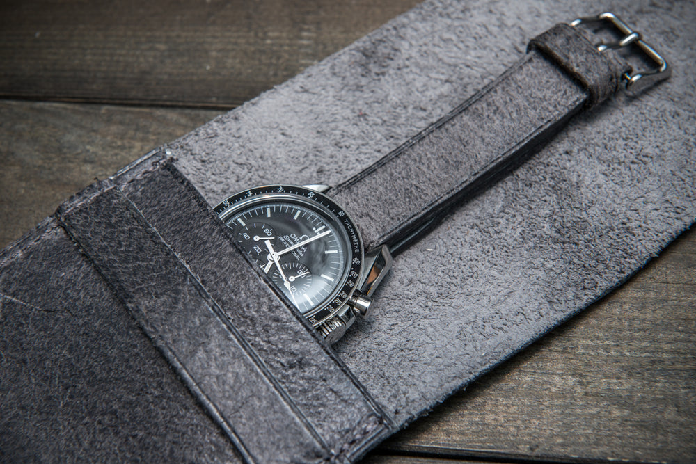 Suede leather watch roll / watch case for wrist watch organizing, Crazy Cow, Griffin - 1 pocket - finwatchstraps