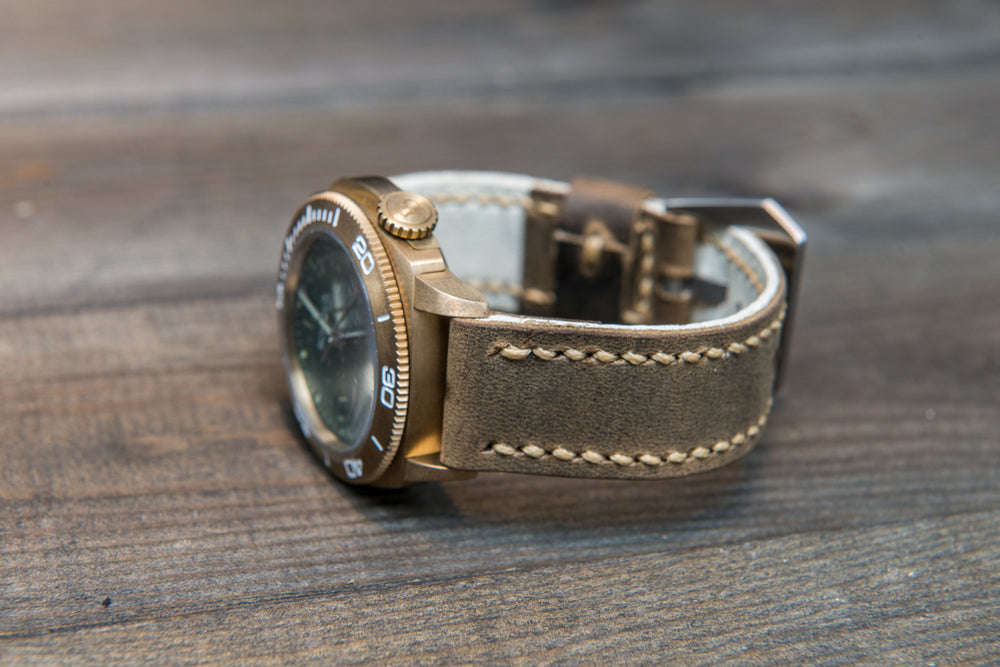 Olive military leather watch strap, hand stitched,  handmade in Finland - 18mm, 19 mm, 20mm, 21 mm, 22mm, 23 mm, 24mm, 25 mm, 26 mm. - finwatchstraps