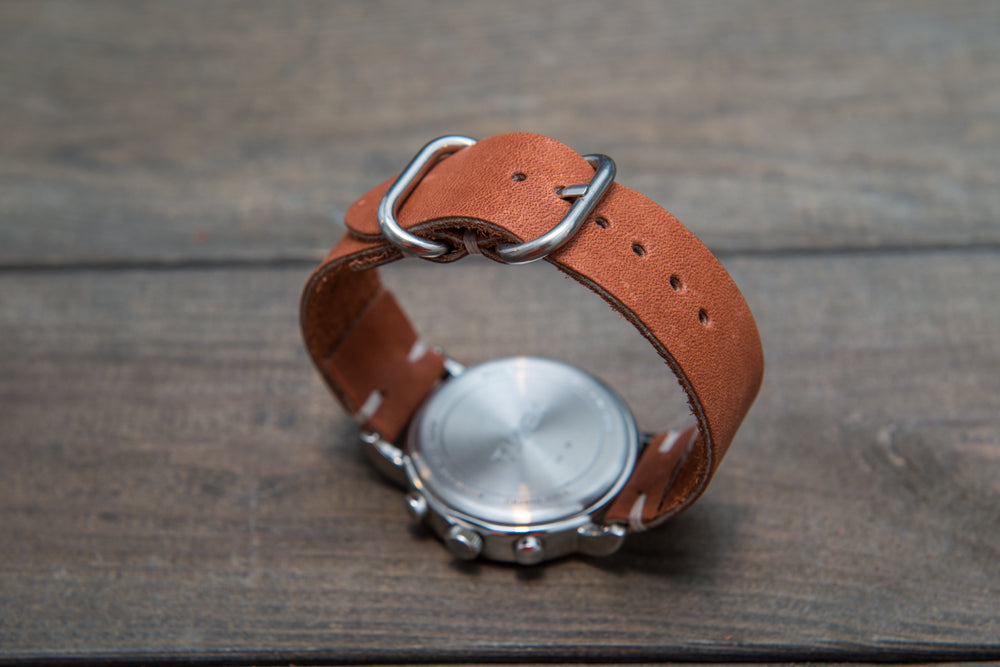 Chestnut Outland Horween leather watch strap, handmade in Finland - 16mm, 17 mm, 18mm, 19 mm, 20mm, 21 mm, 22mm, 23 mm, 24mm, 25 mm, 26mm. - finwatchstraps