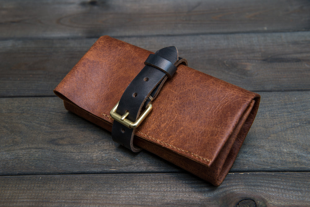 Reindeer brown leather watch roll / watch case for wrist watch organising - finwatchstraps