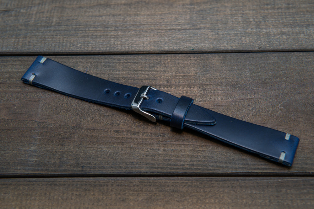 Deep Sea Horween Cavalier leather watch band, handmade in Finland. Tapered size: 26/22mm, 25/22 mm, 24/20mm, 23/20 mm, 22/18 mm, 21/18 mm, 20/16 mm, 19/16 mm - finwatchstraps