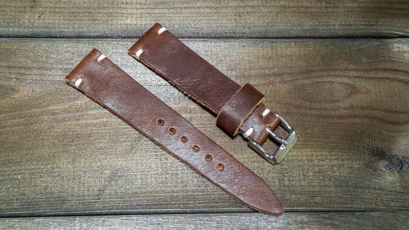 Derby Nut Brown, handmade in Finland. Tapered size: 26x22mm, 25x22mm, 24x20mm, 23x20mm, 22x18 mm, 21x18mm, 20x16 mm, 19x16 mm. - finwatchstraps