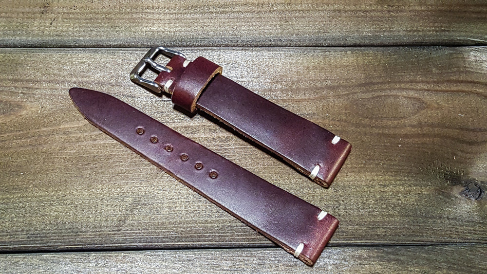 Burgundy leather watch band, handmade in Finland. Tapered size: 26/22mm, 25/22 mm, 24/20mm, 23/20 mm, 22/18 mm, 21/18 mm, 20/16 mm, 19/16 mm - finwatchstraps