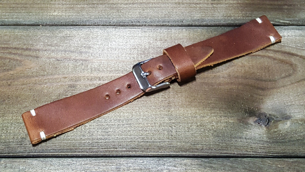 Tan Chromexcel 6/7 oz, handmade in Finland. Tapered size: 26/22mm, 25/22 mm, 24/20mm, 23/20 mm, 22/18 mm, 21/18 mm, 20/16 mm, 19/16 mm - finwatchstraps