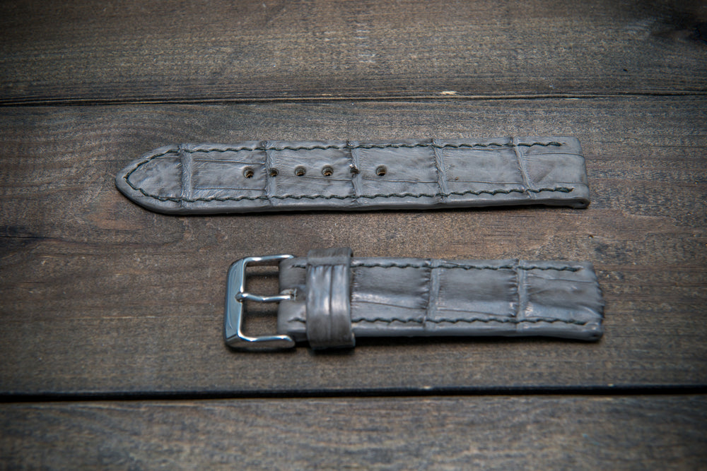 Alligator watch strap, Stone grey color, handmade in Finland - finwatchstraps
