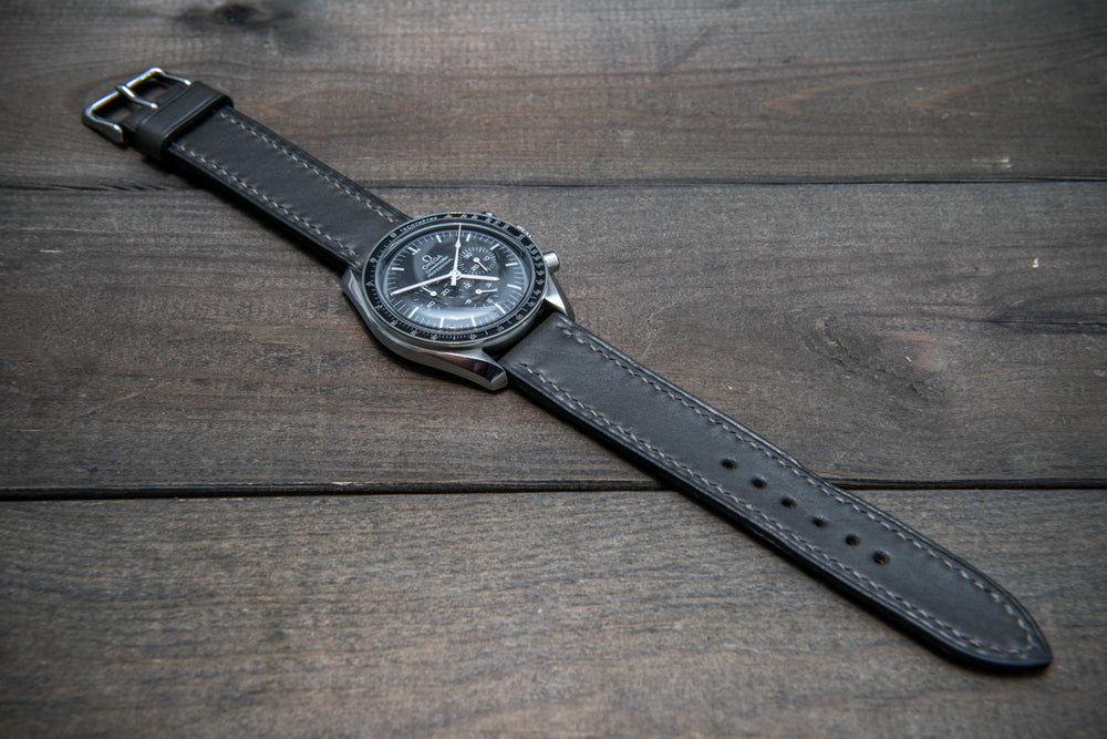 Buttero leather watch strap (grey), handmade & saddle stitched in Finland