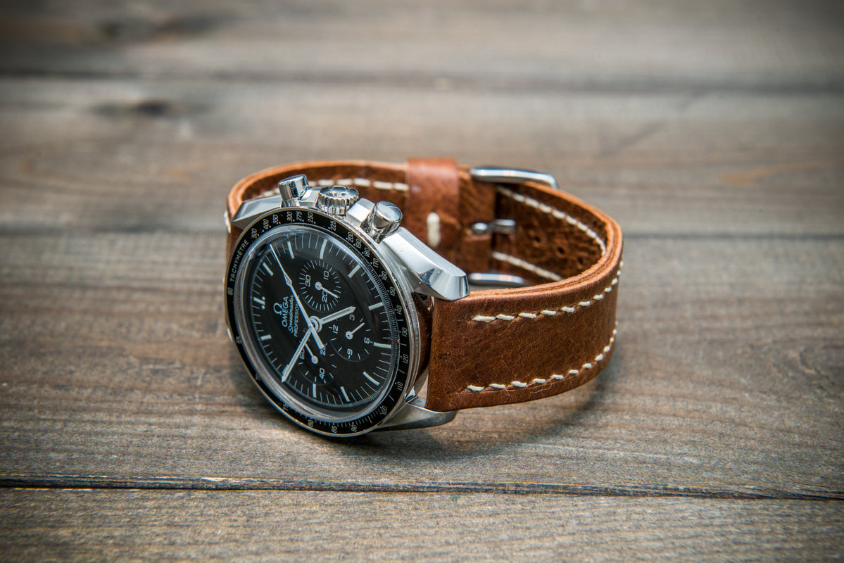 Reindeer leather watch band, Vintage Brown, hand-stitched, one leather keeper, handmade in Finland - finwatchstraps