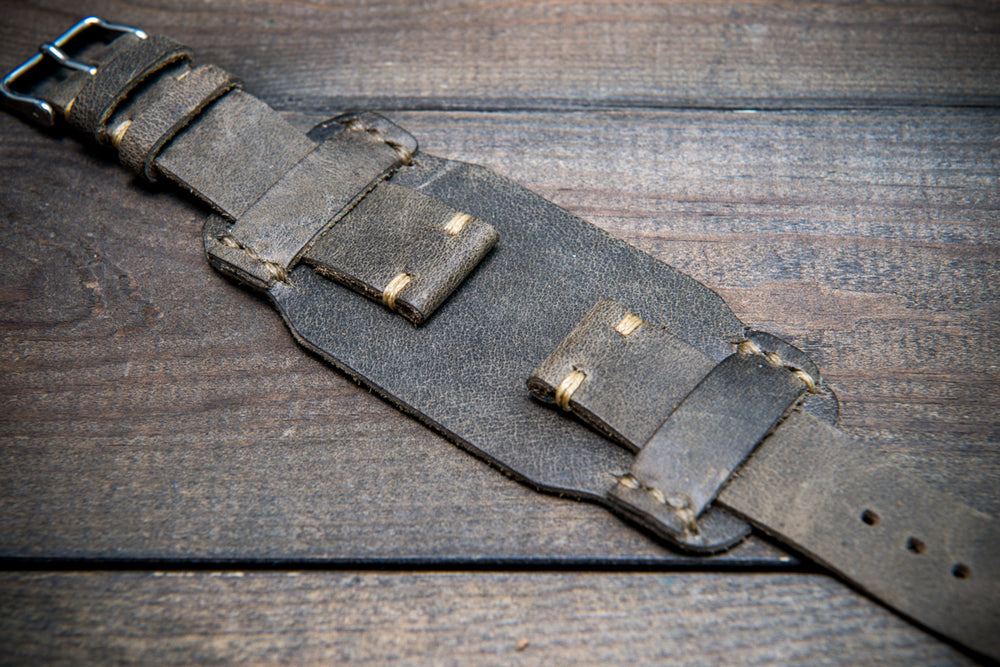 Bund-style Leather Watch Strap, Aviator model, Horween Military Grey