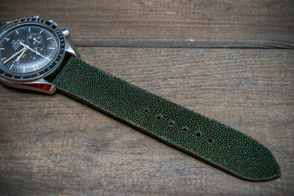 Stingray leather watch strap/ dark green - finwatchstraps