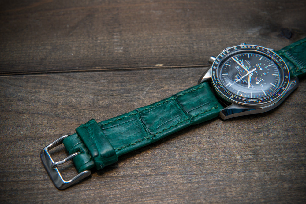 Alligator watch strap, Green matte.