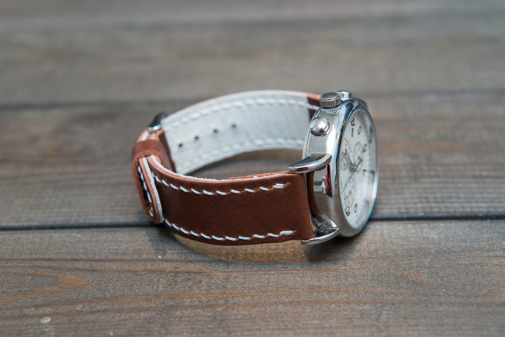 Horween Fireweed Italiano leather, hand stitched watch band,  handmade in Finland - 18mm, 19 mm, 20mm, 21 mm, 22mm, 23 mm, 24mm, 25 mm, 26 mm. - finwatchstraps