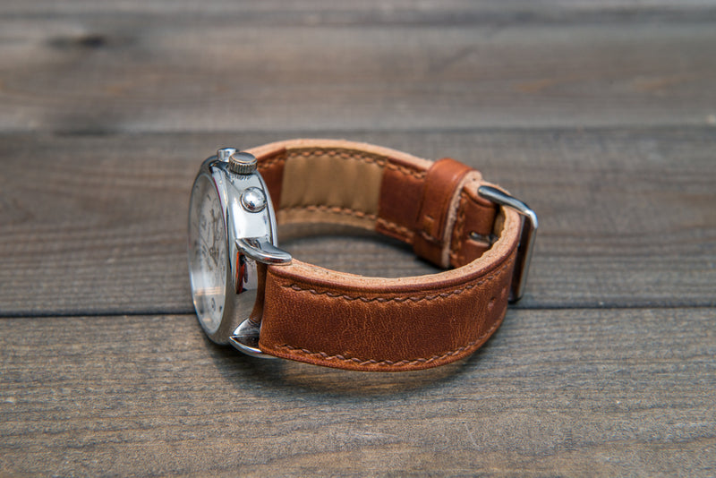English Tan Horween hand stitched leather watch band,  handmade in Finland - finwatchstraps