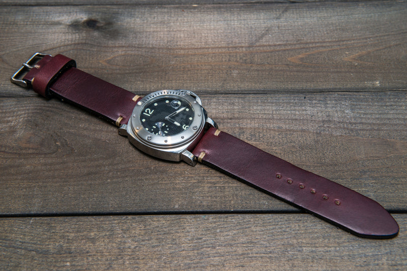 Leather watch strap 3-4 mm thick, Horween Burgundy Chromexcel, handmade in Finland -  16mm, 17 mm, 18mm, 19 mm, 20mm, 21mm, 22mm, 23 mm, 24mm, 25 mm, 26 mm. - finwatchstraps