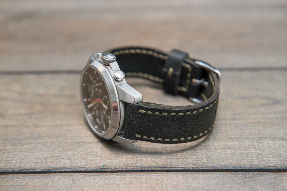 Reindeer leather watch band, Dark Forest Green, hand-stitched, handmade in Finland -17 mm, 18 mm, 19 mm, 20 mm, 21 mm,22mm, 23 mm,24 mm, 25 mm, 26mm - finwatchstraps