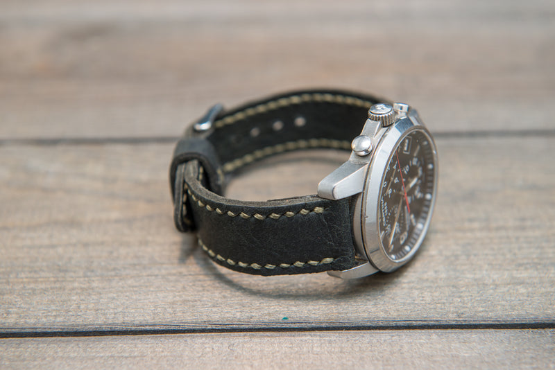 Reindeer leather watch band, Dark Forest Green, hand-stitched, handmade in Finland -17 mm, 18 mm, 19 mm, 20 mm, 21 mm,22mm, 23 mm,24 mm, 25 mm, 26mm