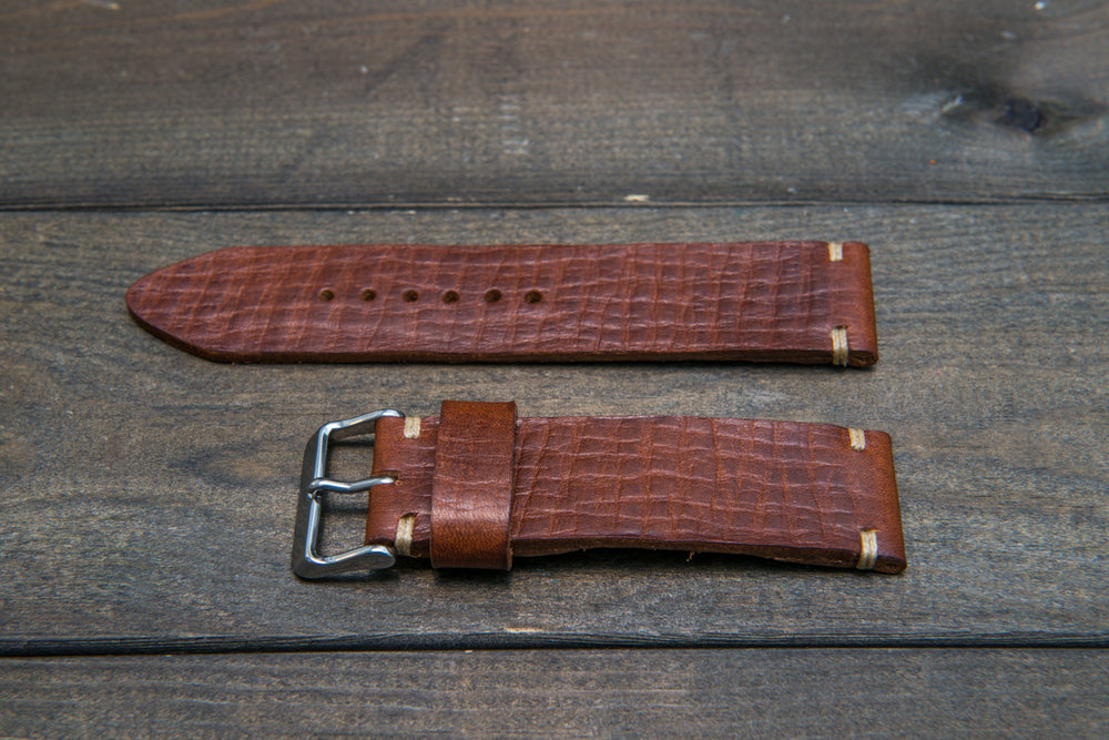 Italian bull  tapered leather watch strap 4 mm thick, Torre Bull, handmade in Finland -  16mm, 17 mm, 18mm, 19 mm, 20mm, 21mm, 22mm, 23 mm, 24mm, 25 mm, 26 mm. - finwatchstraps