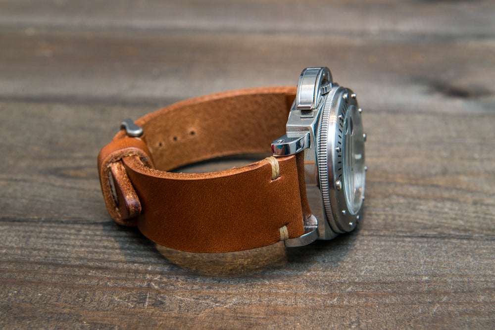 Italian bull  tapered leather watch strap 4 mm thick, Cognac Toro Bull, handmade in Finland -  16mm, 17 mm, 18mm, 19 mm, 20mm, 21mm, 22mm, 23 mm, 24mm, 25 mm, 26 mm. - finwatchstraps