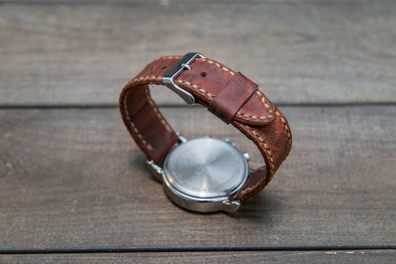 Horween Rustic leather watch strap, horse fronts leather, hand stitched,  handmade in Finland - 18mm, 19 mm, 20mm, 21 mm, 22mm, 23 mm, 24mm, 25 mm, 26 mm.