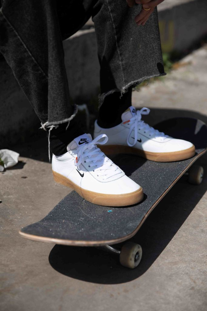 nike sb bruin orange label white and gum shoes, skateboard, street , shoes, amigos skate shop