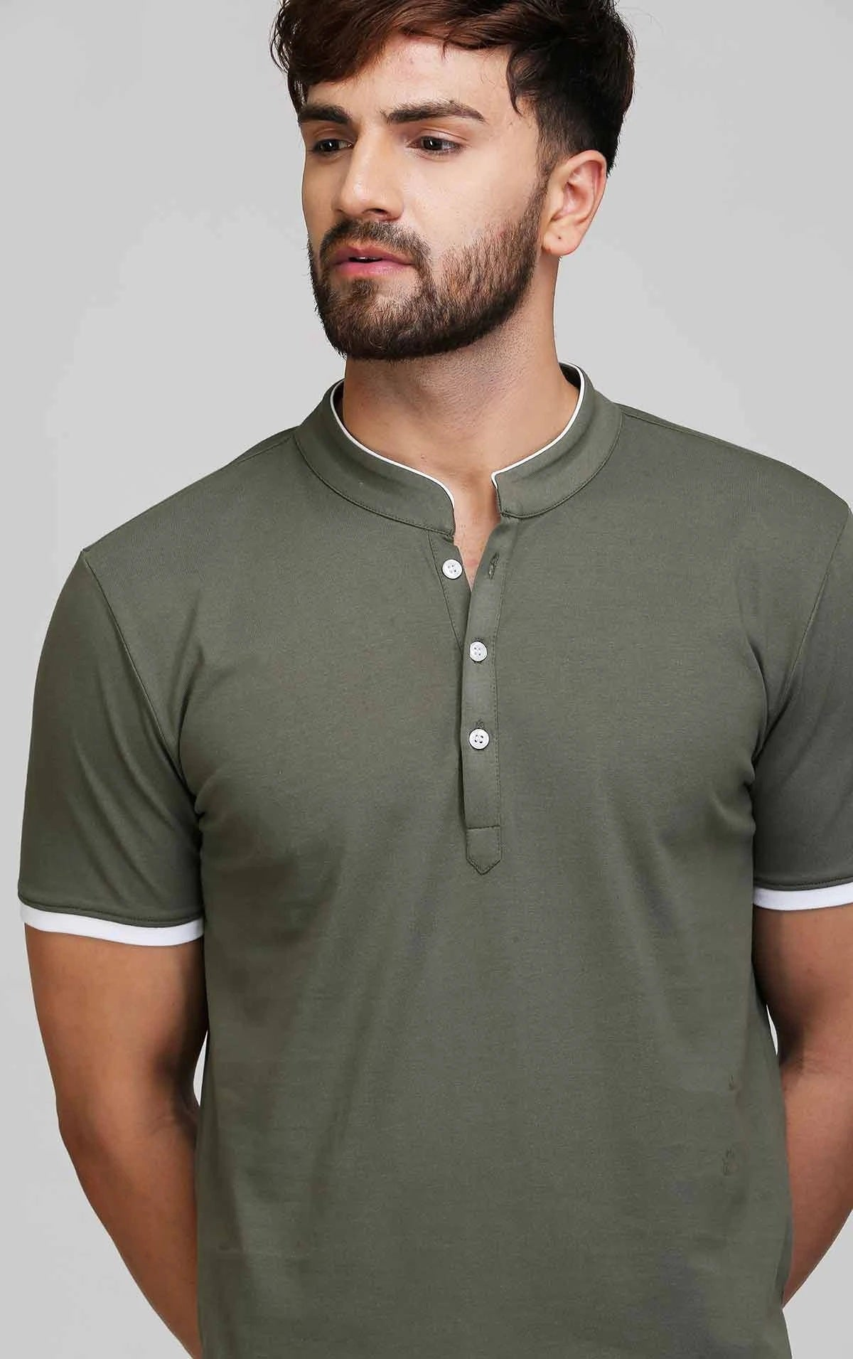 HENLEY NECK OLIVE T SHIRT