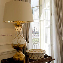 White majolica and copper hotel-style table lamp