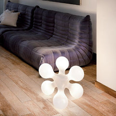 'Atomium' white retro 60s floor light by Kundalini