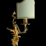 Gold-plated wall light with Venetian-style backless shade