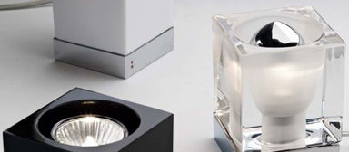Cubetto D28 B03 crystal table light in black clear or white