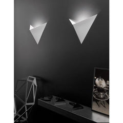Vasily white metal wall light from Axo Light
