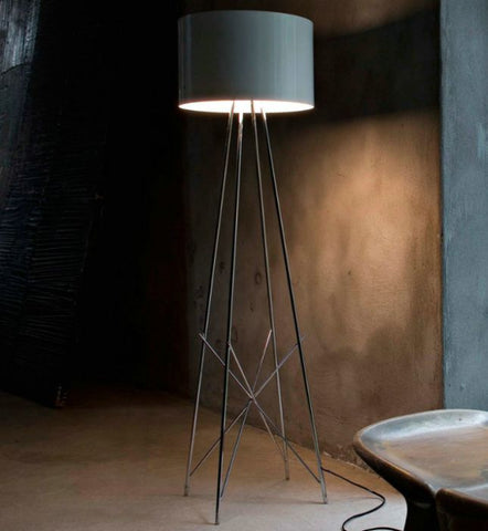 Ray steel tube floor light with 3 shade colours from Flos