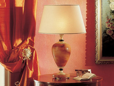 Amber alabaster table lamp from Italy with 24 carat gold plating