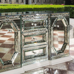Beautiful hand-engraved Venetian mirrored sideboard