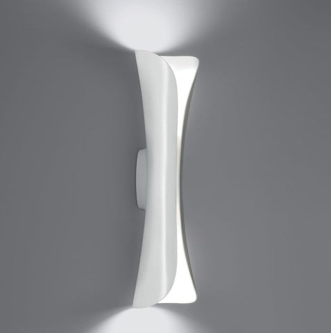 Cadmo wall light from Artemide in 3 colour-ways