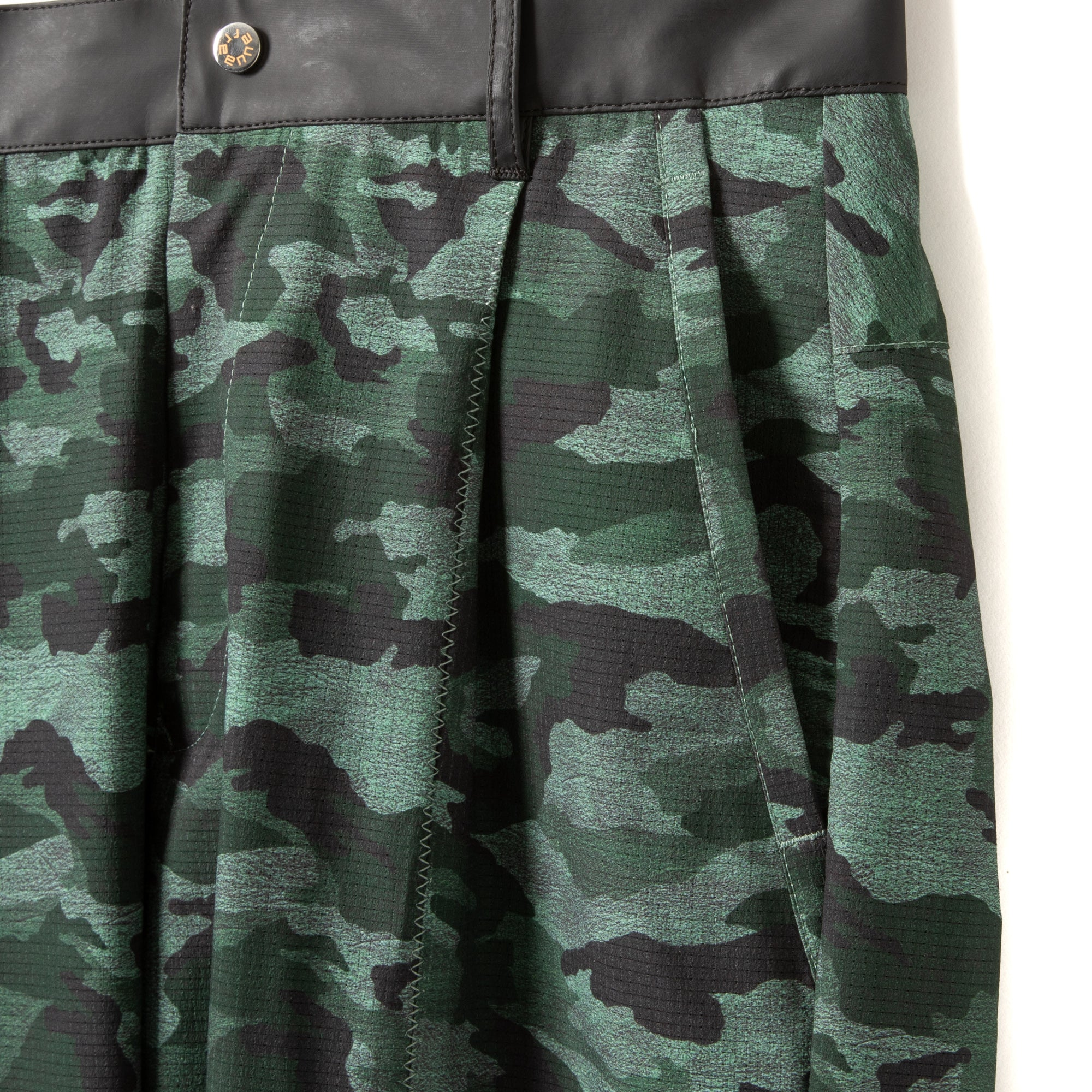 Dry Mesh Camo Tapered Pants