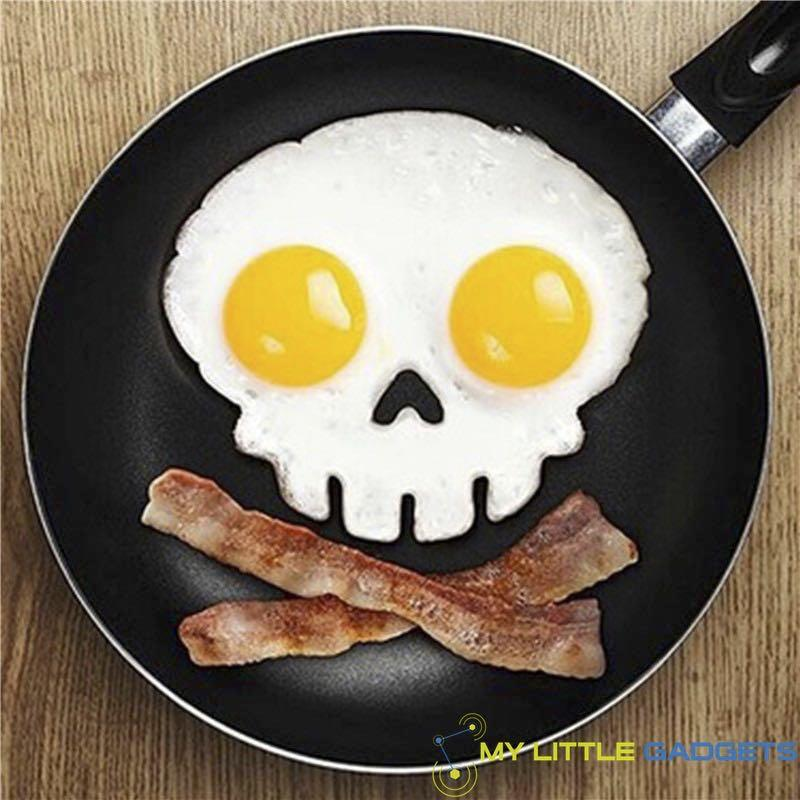 Silicone Skull Egg Mold Shaped Tool Mould on Pan with Bacon non-stick Rubber Baking Kitchen Tool Gadget
