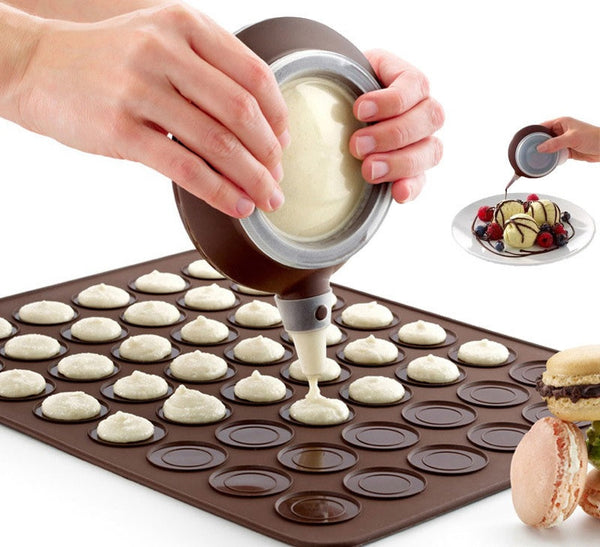 48 hole Macaron Silicon Baking Mat PLUS Piping Tool (includes 4 Nozzles Set)