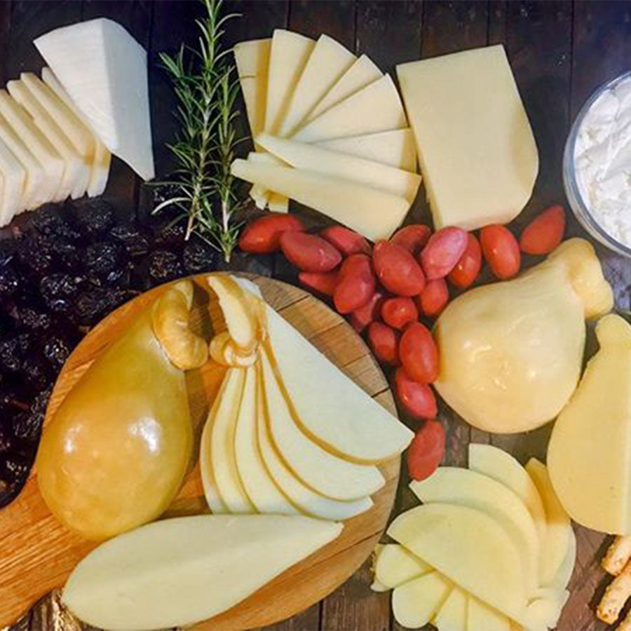 Lovera's Artisan Cheeseboard Kit | Revittle